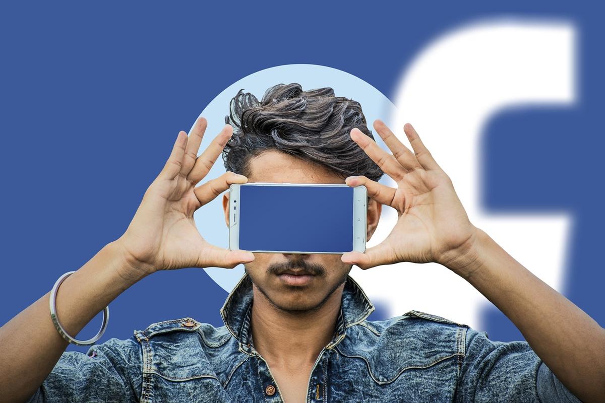 Facebook admite a Bruxelas que até 2,7 milhões de utilizadores na UE possam ter sido afetados