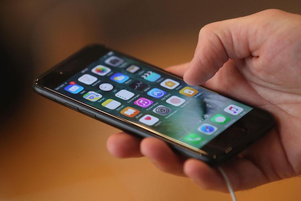 Imagem de iOS 11.3: Apple lança nova função de otimização de desempenho da bateria no tecmundo