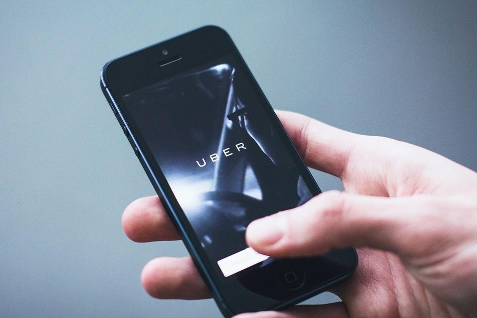 Imagem de Prefeitura do Rio regulamenta aplicativos de transporte como Uber e 99 no tecmundo