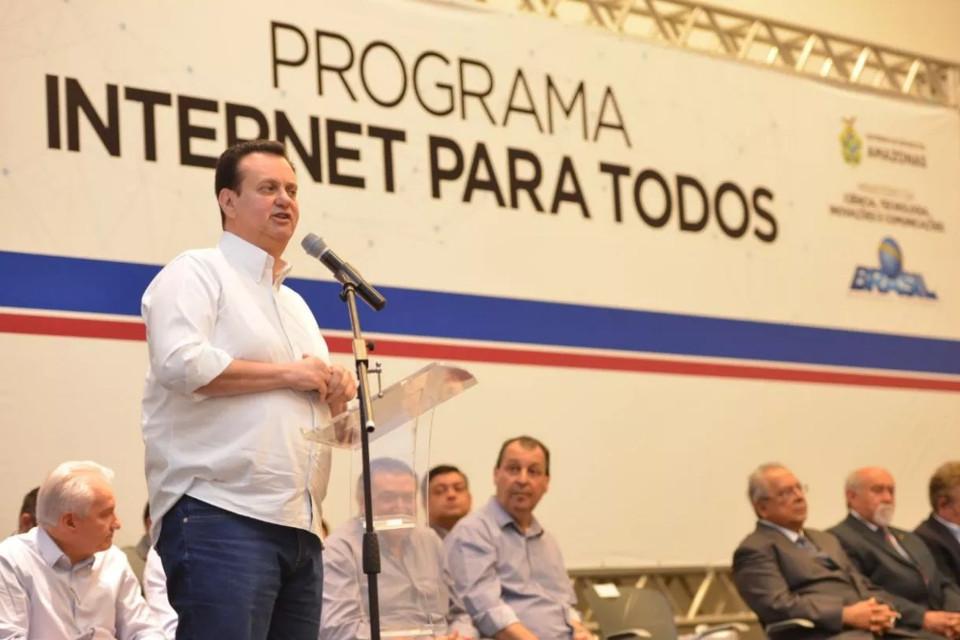 Imagem de Disputa judicial com a Telebras atrasa implantação do Internet para Todos no tecmundo