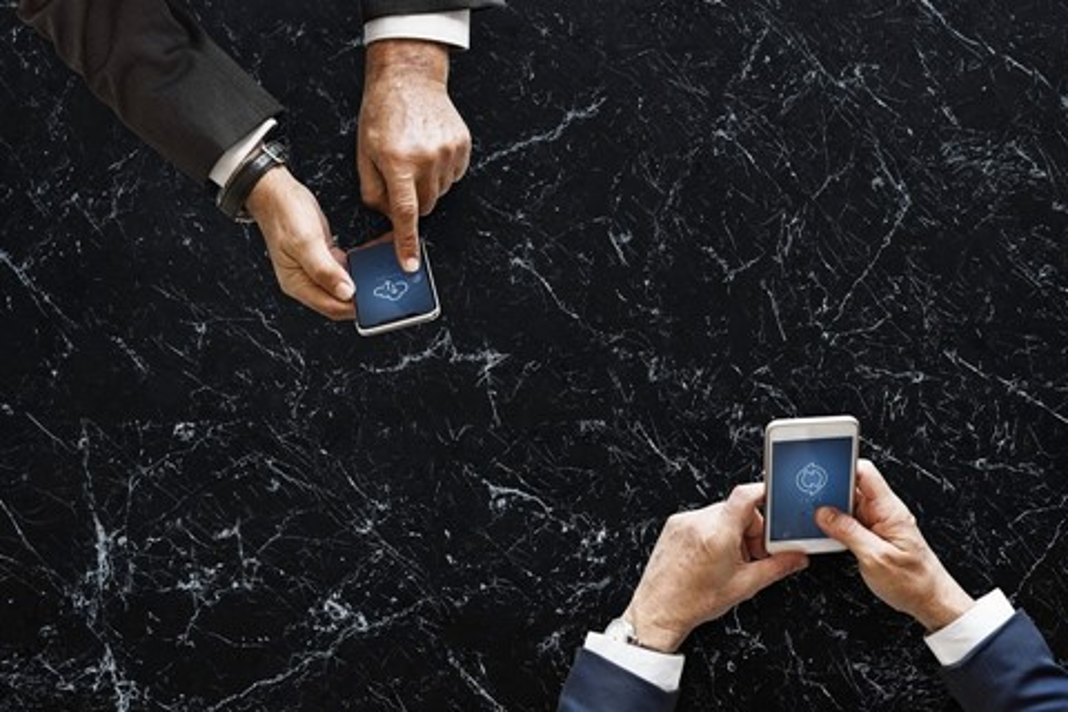 Imagem de Brasil supera marca de mais de um smartphone por habitante, diz FGV no tecmundo