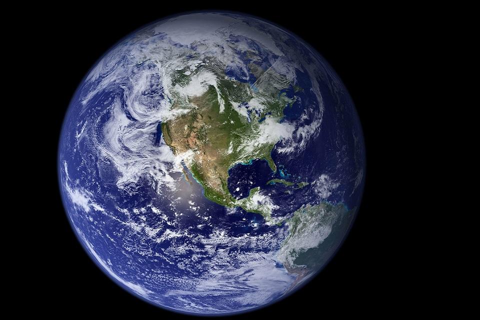 Imagem de NASA libera imagens contínuas do planeta Terra guardadas por 20 anos no tecmundo