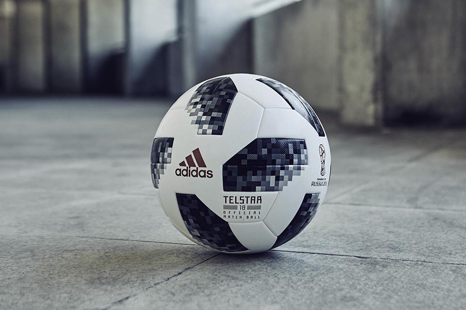 479d518e193 Imagem de Telstar 18  conheça a tecnologia e design da bola da Copa de 2018