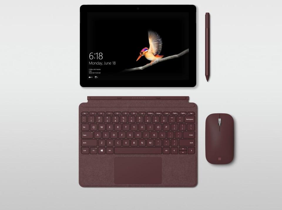 """Imagem de É oficial: Microsoft revela novo Surface Go, um tablet """"2 em 1"""" de US$ 399 no tecmundo"""
