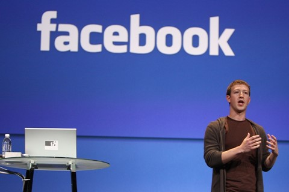 Imagem de Mark Zuckerberg afirma que não excluiria postagens negando o Holocausto no tecmundo
