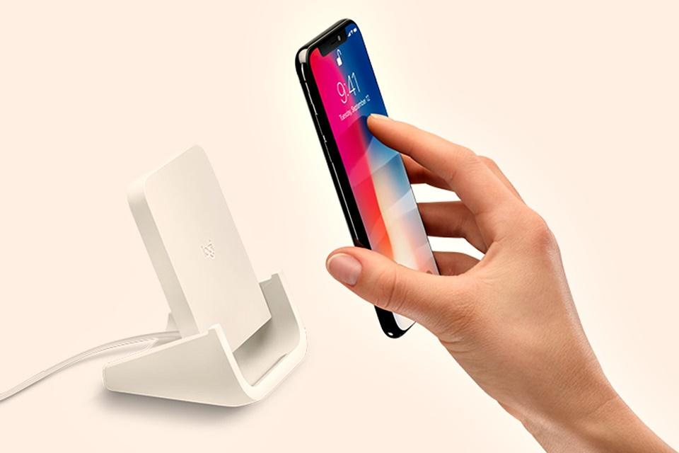 Imagem de Ainda não é o AirPower: Logitech lança carregador sem fio para iPhones no tecmundo