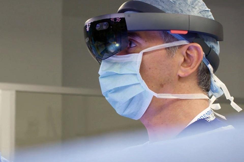 Imagem de Hospital infantil vai utilizar HoloLens para realizar cirurgias críticas no tecmundo