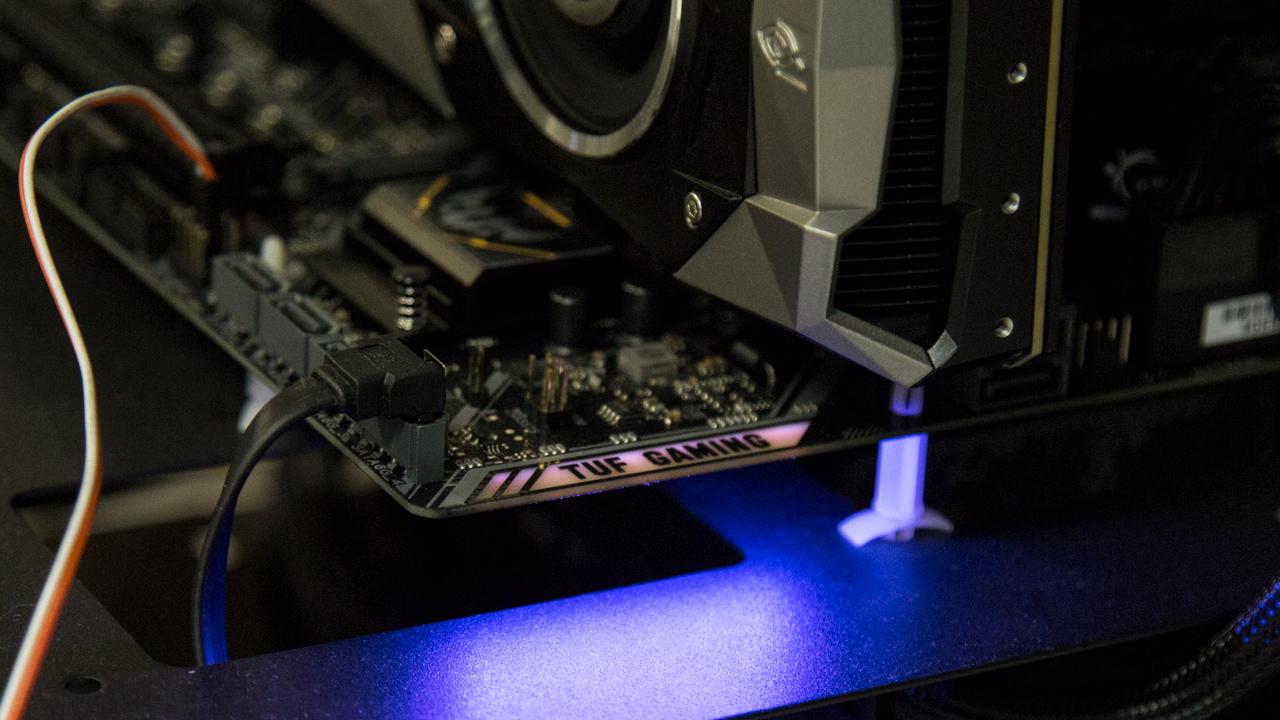 LEDs na ASUS TUF B450M PLUS