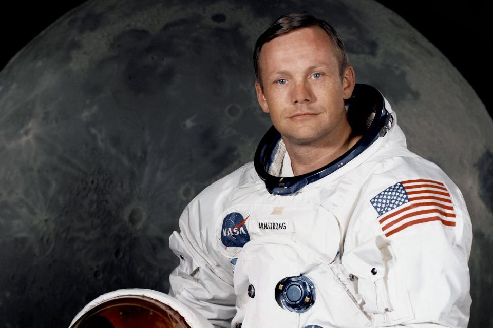Imagem de Traje usado por Neil Armstrong na Lua está se desintegrando aos poucos no tecmundo