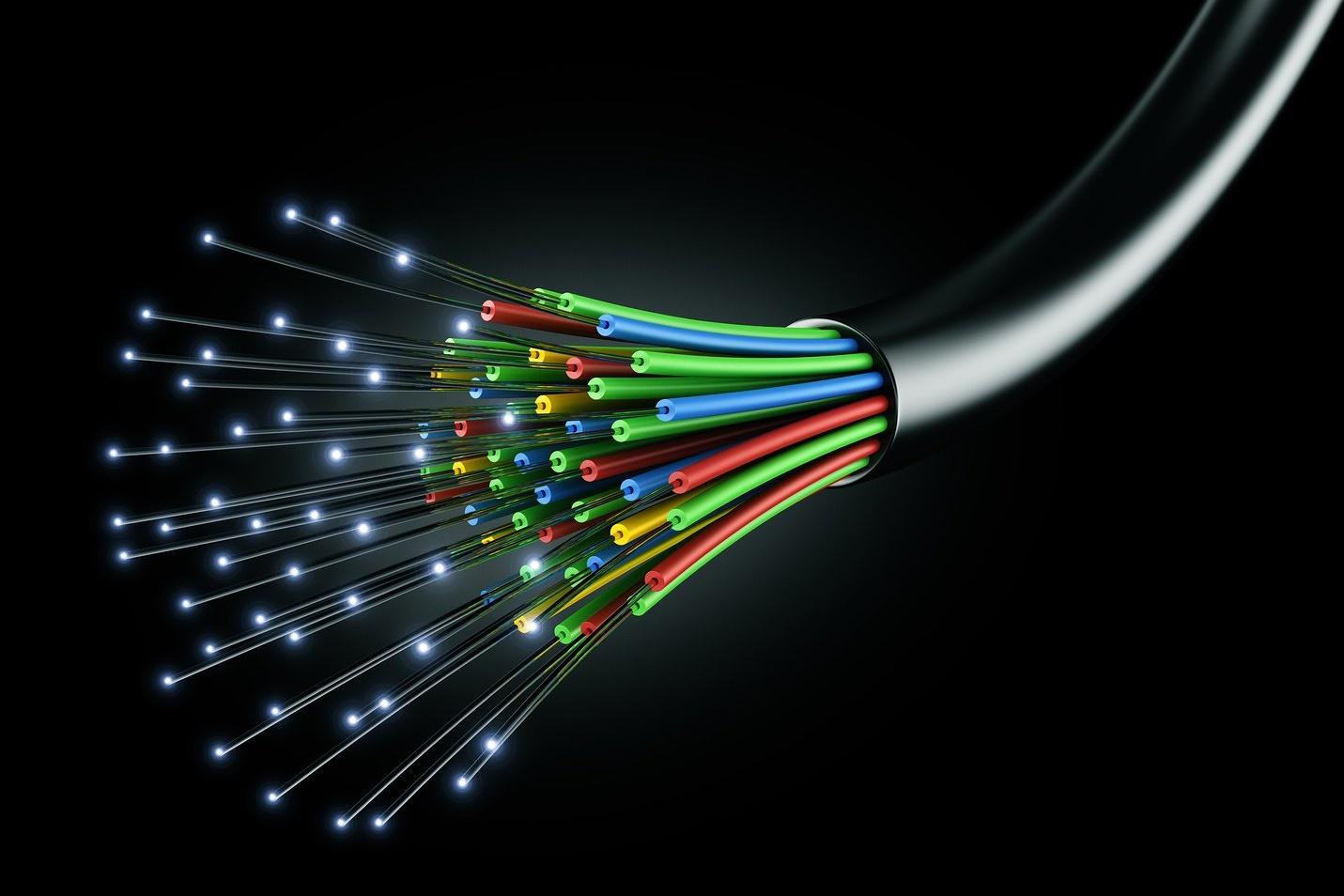 Imagem de Nova rede óptica da Huawei consegue alcançar 600 Gbps em cada fibra no tecmundo