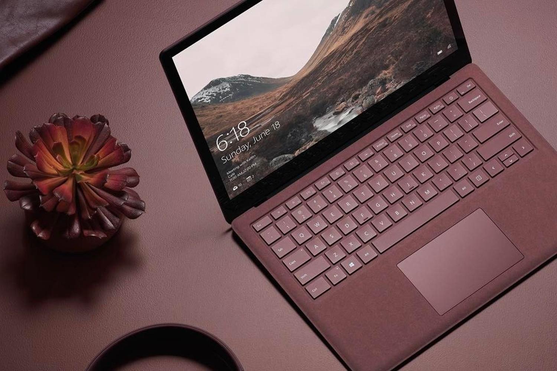 Imagem de Microsoft lança Surface Laptop 2 com 85% mais poder de fogo no tecmundo