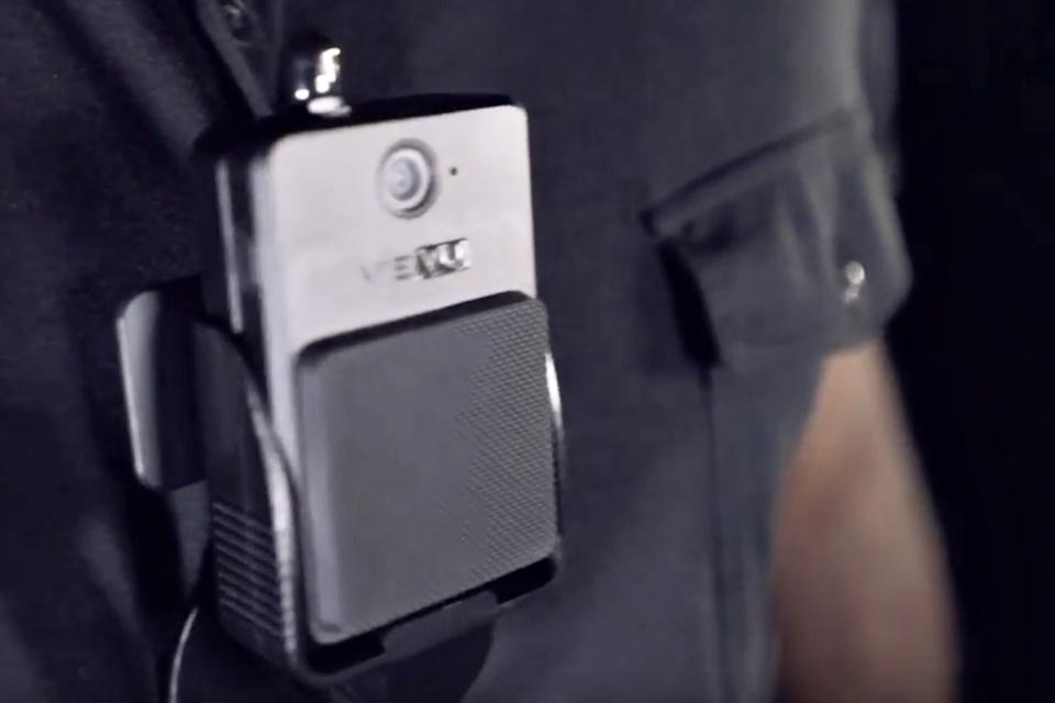 Imagem de Polícia de Nova York recolhe câmeras vestíveis que estariam pegando fogo no tecmundo
