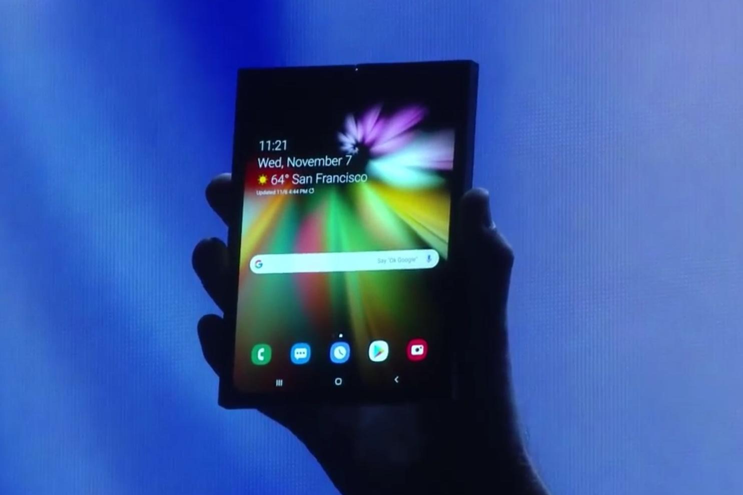 """Imagem de Samsung """"mostra"""" seu primeiro celular dobrável em conferência no tecmundo"""