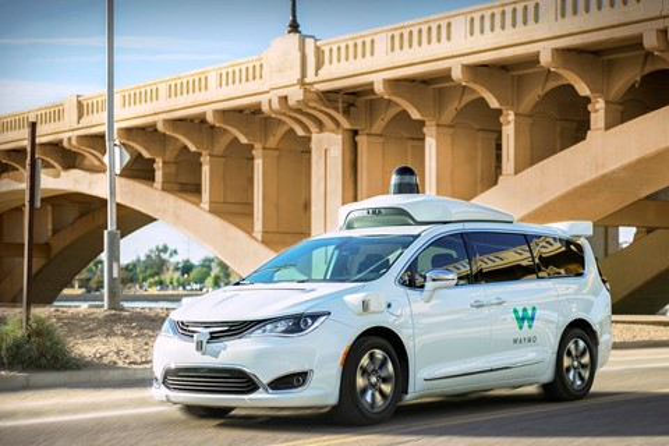 Imagem de Norte-americanos estão atacando carros autônomos da Waymo nas ruas no tecmundo