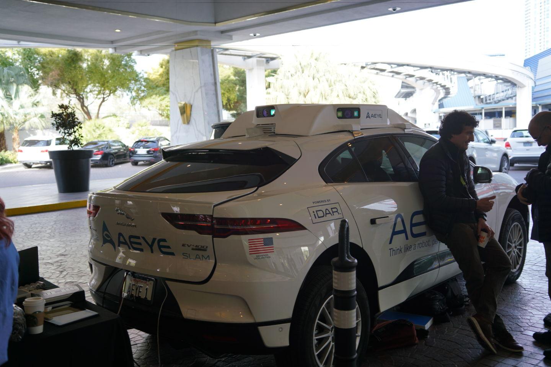 Imagem de Laser usado por veículo autônomo teria queimado sensor de câmera digital no tecmundo
