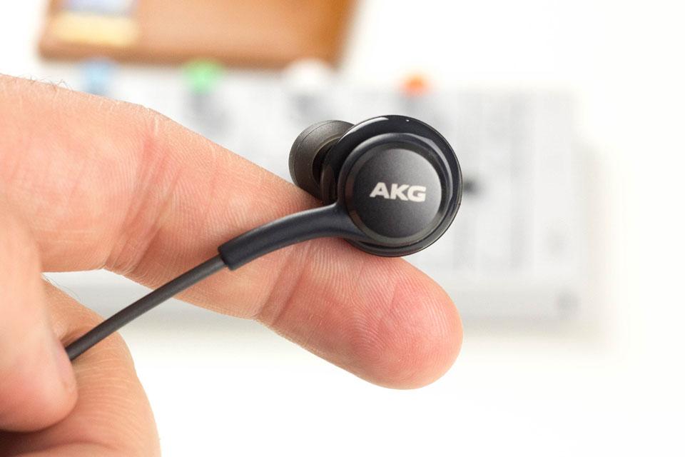 Imagem de Fones de ouvido tunados pela AKG estão com um preço camarada na GearBest no tecmundo