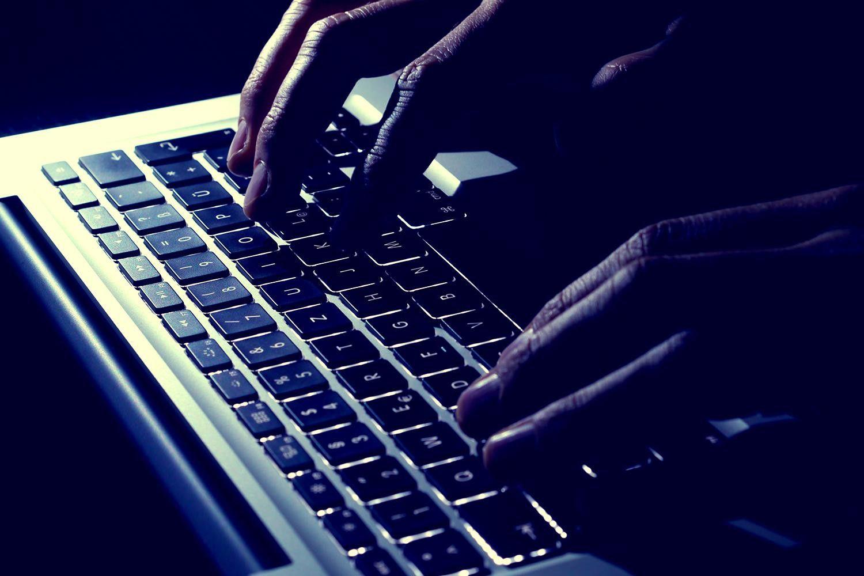 Imagem de Criminoso afirma ter roubado R$ 3 milhões em bitcoins com golpe na dark web no tecmundo