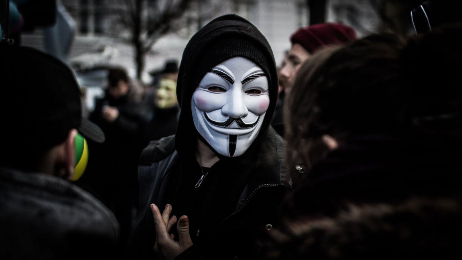 Imagem de Anonymous derruba embaixada do Equador em Londres após prisão de Assange no tecmundo