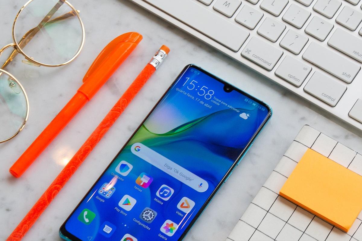 Imagem de Qualquer celular antigo vale R$ 2 mil ou mais na troca por um P30 Pro novo no tecmundo
