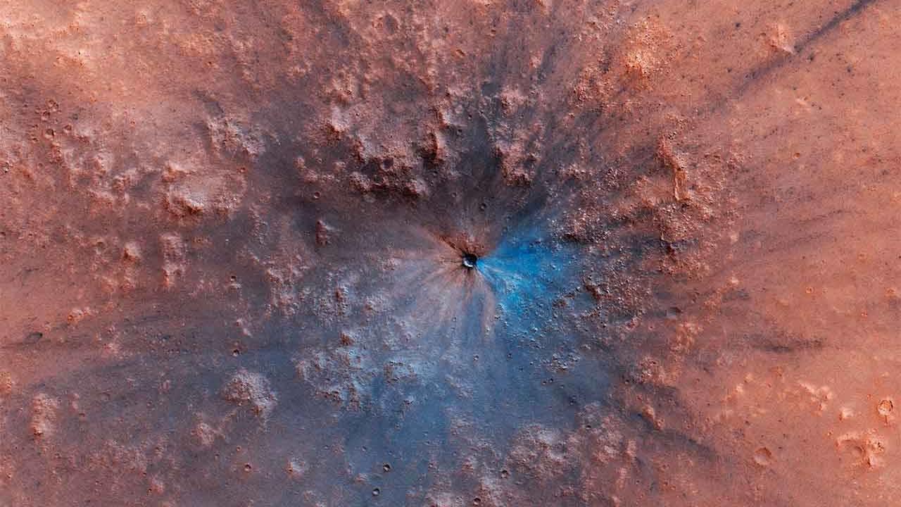 Imagem de Marte: sonda faz foto incrível de cratera aberta recentemente no tecmundo