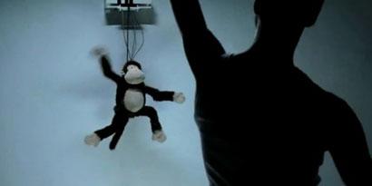 Imagem de Sensor de movimento do Kinect dá vida a macaco de brinquedo no site TecMundo