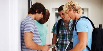 Imagem de Alunos de faculdade brasileira ganharão um tablet cada um no site TecMundo
