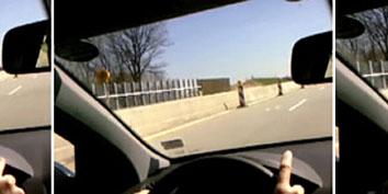 Imagem de Nova interface permite controlar o carro utilizando apenas um dedo no site TecMundo